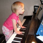 Bonnyeclaire at the piano at age 15 months.