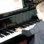 Piano Lessons Are Perfect For Young Kids (4-6yrs old)